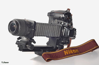 Nikon F4 and Nikon bellows pb-6