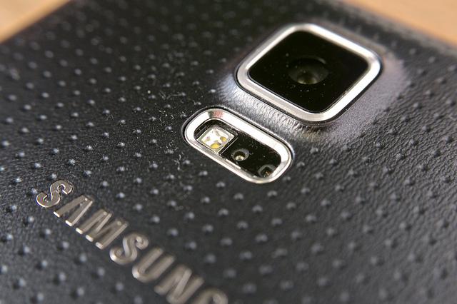 三星HTC隨手拍拍誰較讚-畫素VS畫質