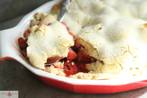 Strawberry Rhubarb Sugar Cookie Crisp