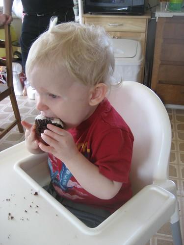 Cupcake Eating