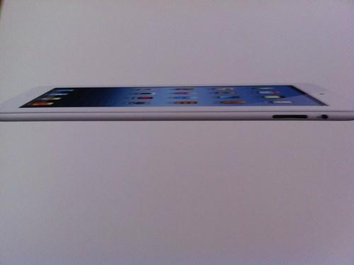 iPad3号機の箱