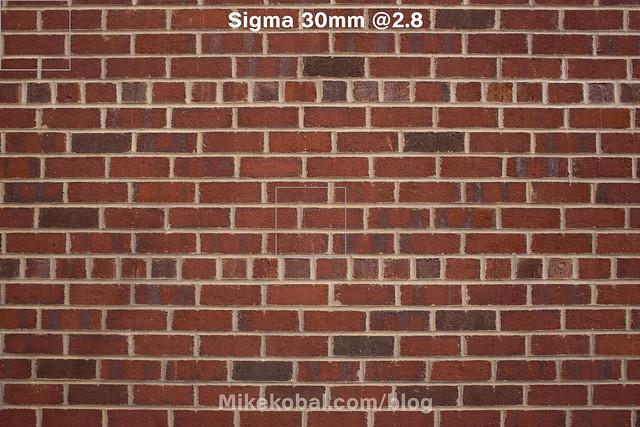 Sigma_30mm28_onNex7