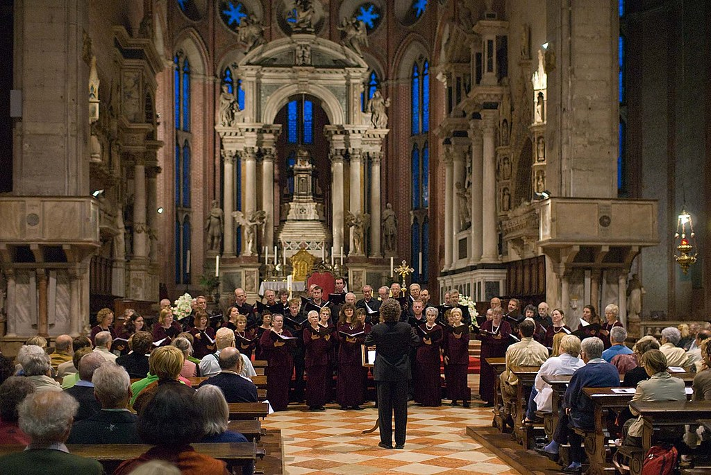 Ottawa Chora Society performs in the Bascillica San Giovanni e Paolo in Venice