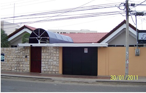 7071885655 0a273db38a Ecuador Real Estate MLS   May 2012