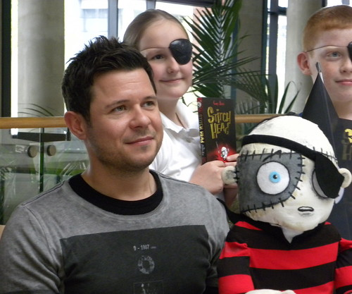Guy Bass with Stitch Head and children