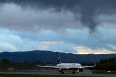 TF-FIP Icelandair Boeing 757-208