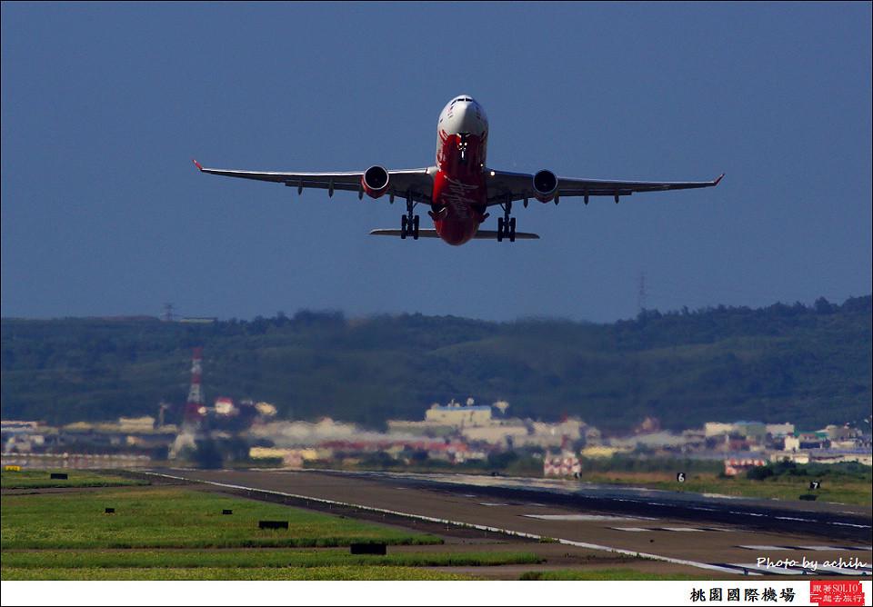 AirAsia X  9M-XAA客機017