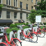 B-cycle stand