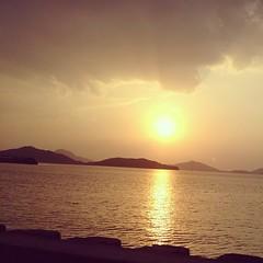 日が沈む~