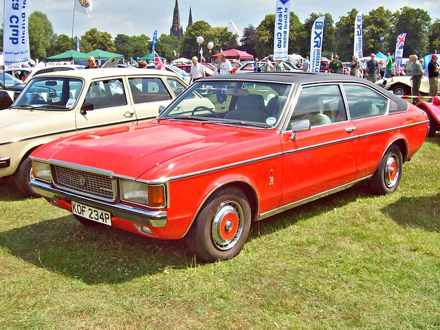 35 ford granada ghia coupe 1975 flickr photo sharing. Black Bedroom Furniture Sets. Home Design Ideas