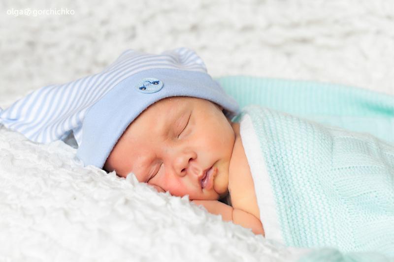 Захар, 10 дней. Новорожденные двойняшки