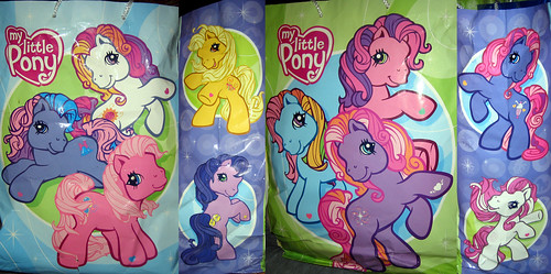 20120519 - yardsale booty - TV-related - My Little Pony gift bag - IMG_4229-4230-4227-4228