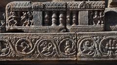 Darasuram (India). Templo Airavateshvara. Detalle de zócalo