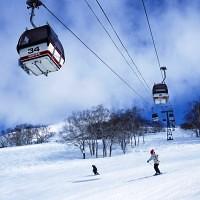 JNTO_Niseko_Annupuri_Ski_Resort_Lift_Hokkaido