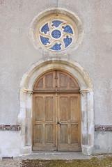 Porte d'entrée de l'église du Renouard - Photo of Ommoy
