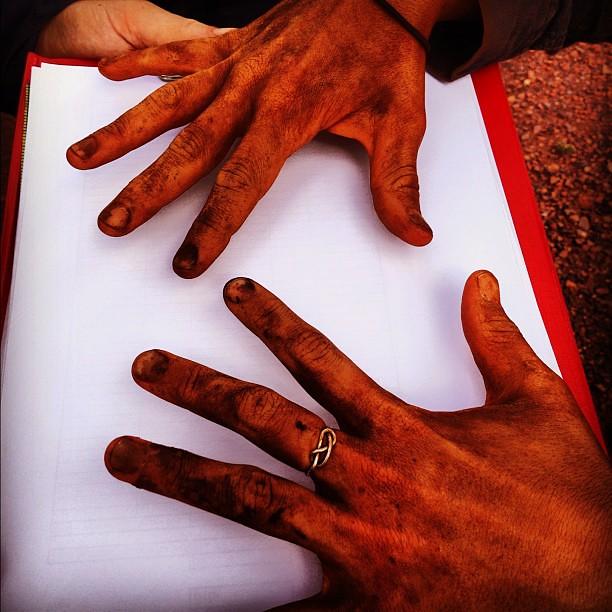 Oompaloompa hands