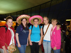 Getting ready to take off for Tucson! Pictured: Jen See, Diane Nicosia, Elise Mann, Erica W., BJ Claytor