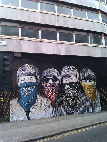 Mr Brainwash hits New Oxford street