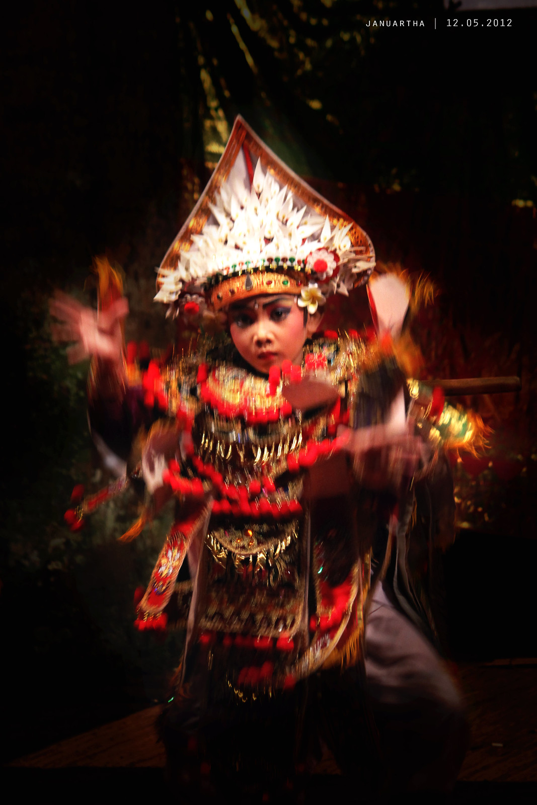 Photo of Baris dancer in motion blur