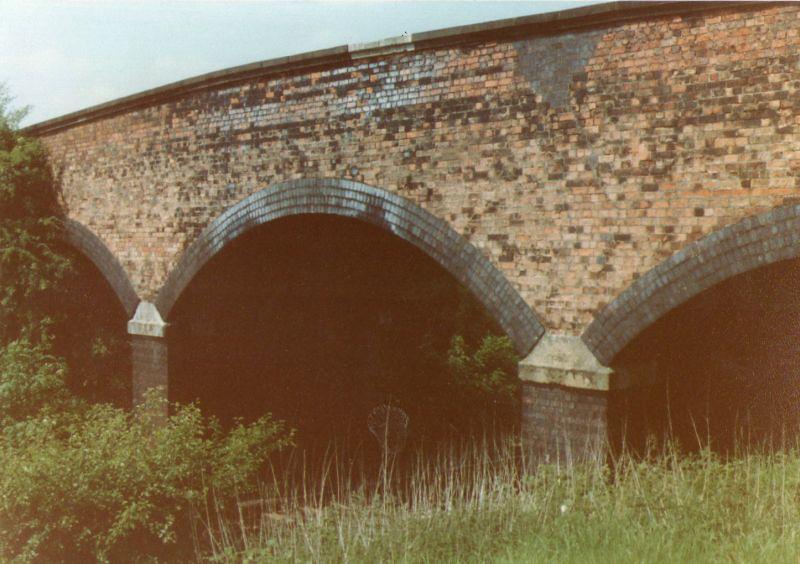 LANGHAM BRIDGE 3