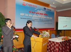 Mr Do Duc Tho - VEDICO: Phien dich cho Thu truong Bo Cong Thuong - tai MELIA, 2007