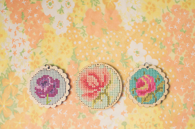 cross-stitch pendant garden