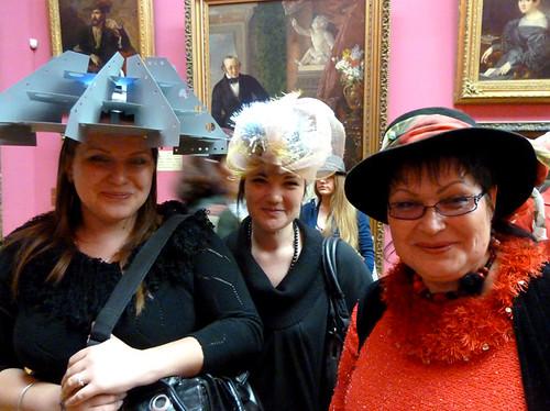 Минск Ночь музеев 2012 Креативная шляпка - пропуск в музей 2