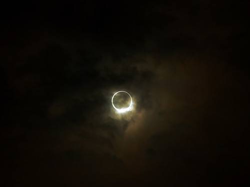 annular-eclipse-11-R0020803