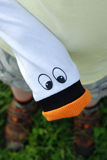 Swan puppet sleeve