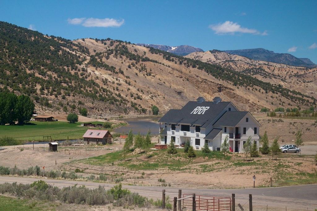 Hotels Near Gore Mountain