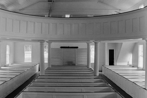 blackandwhite bw film church monochrome ga georgia pentax kodak 400tx midway libertycounty zx5 kmount smalltowngeorgia pentaxzx5 smcpf3570mmf3545 pentaxf3570