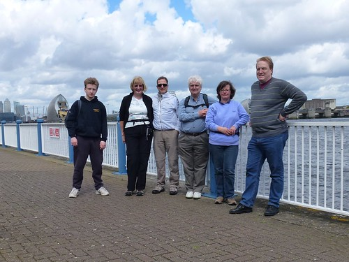 Thames path 01 - The team