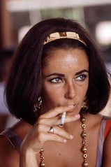 Elizabeth Taylor Smoking