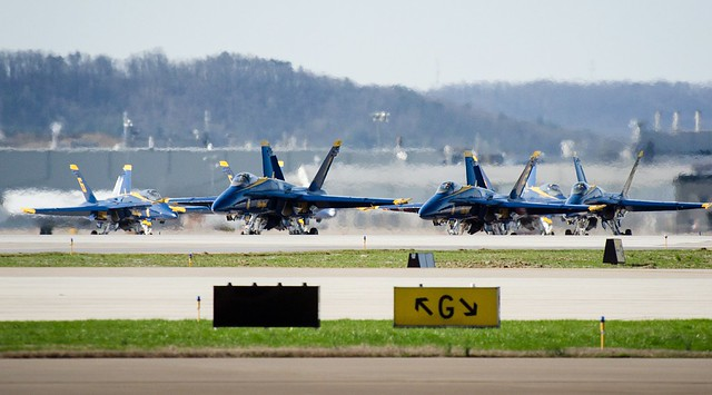Blue Angels and F-22s arrive for Thunder Over Louisville