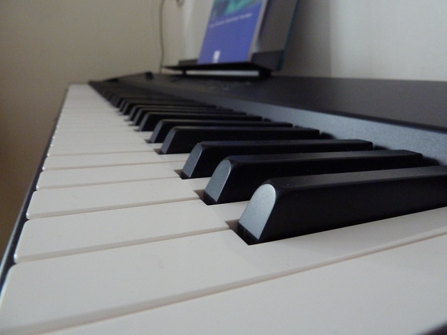 Header of le piano