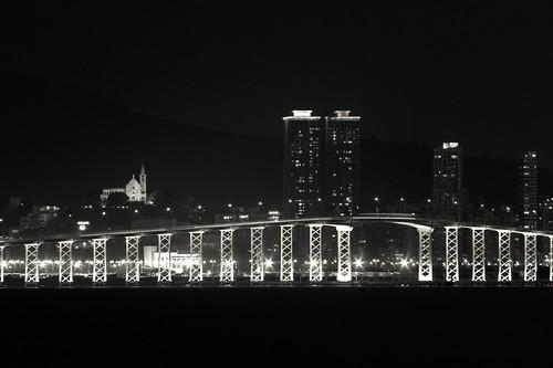嘉樂庇總督大橋,澳門
