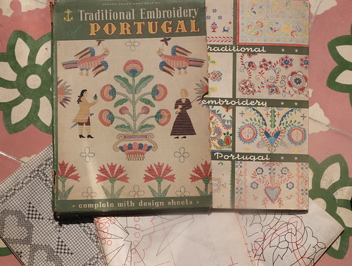 Traditional Embroidery of Portugal - Anchor Embroidery Book nº 1