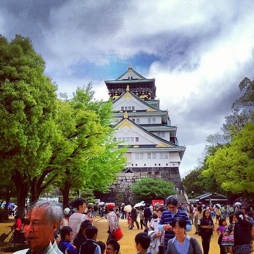 大阪城!ヽ(•̀ω•́ )ゝ