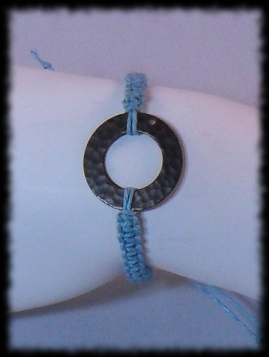 Macrame bracelet with Ring Focal