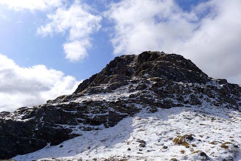Summit cone of Bidein a' Choire Sheasgaich
