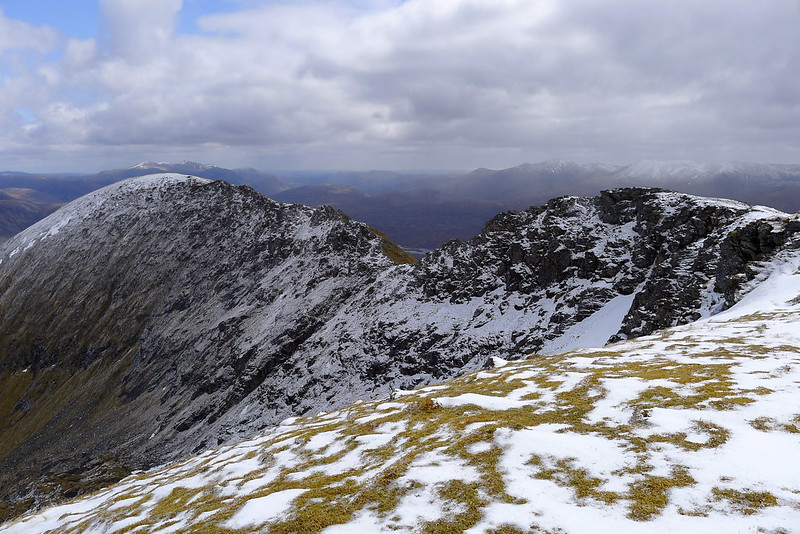 The ridge to Lurg Mhor's eastern top