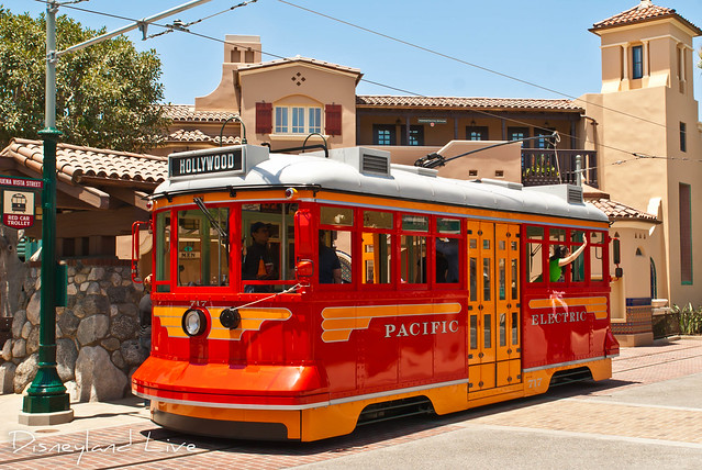 Buena Vista Street - Red Car Trolley