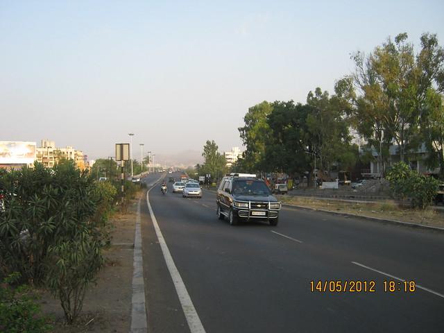Mumbai Bangalore Highway at Warje - Visit Suyog Aura Warje Pune 411052