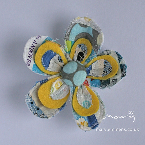 Sample swap brooch