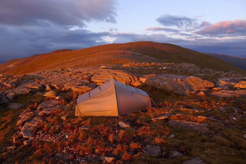 Wild camping on Beinn Eibhinn