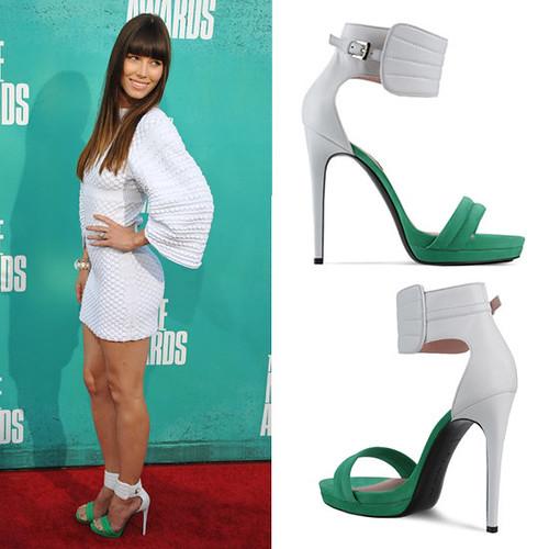 e4499f3a570a54f4_Jessica-Biel-white-green-sandals.xxxlarge_1