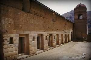 complejo-arqueologico-huaytara-huancavelica2-templo