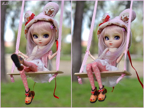 ♪ Plum loves swinging♫
