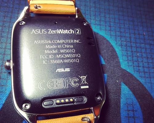 Elegan dan Menawan #Asus #zenwatch2 #zenwatch shoot with #zenfoneselfie #zenfone only Rp. 2.499.000
