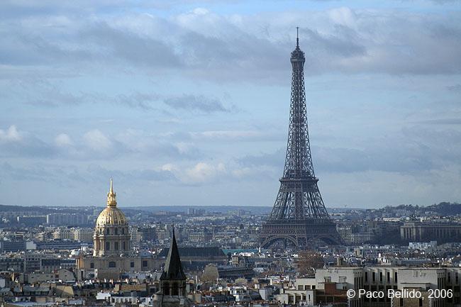 Tour Eiffel desde Notré-Dame. © Paco Bellido, 2006